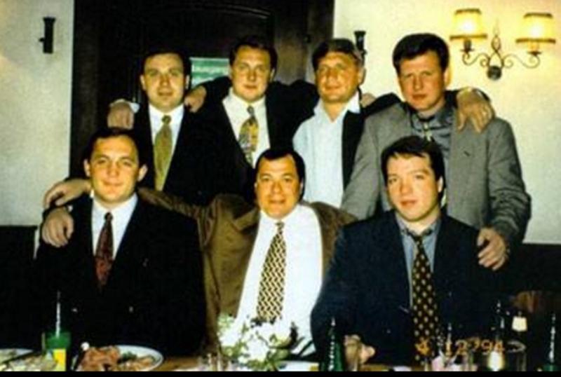 Viktor Averin az alsó sor, bal szélen
