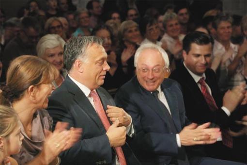 Orbán Viktor és Nagy István egy zürichi rendezvényen -- Fotó forrása: Vasárnapi Hírek